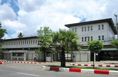 ミャンマー 日本 大使 館